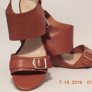 Vince Camuto Wedge Sandals Size 8&1/2 Tan
